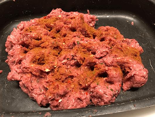 kryddor på den blandade korven